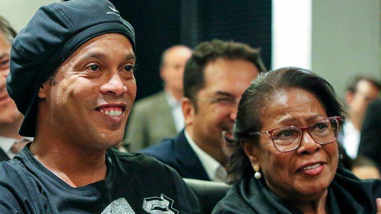Falleció de COVID-19 Dona Miguelina madre de Ronaldinho