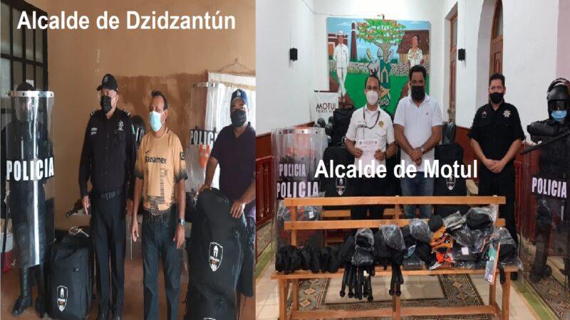 Alcaldes de Motul y Dzidzantún entregan material táctico y saludan con sombrero ajeno