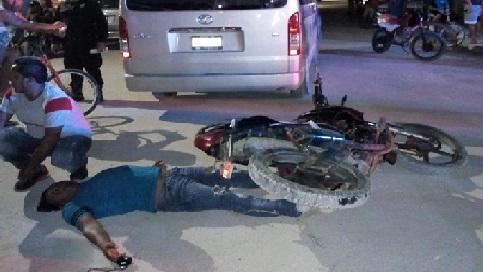 Un motociclista choca contra un Toyota que se voló un alto en el puerto del Cuyo