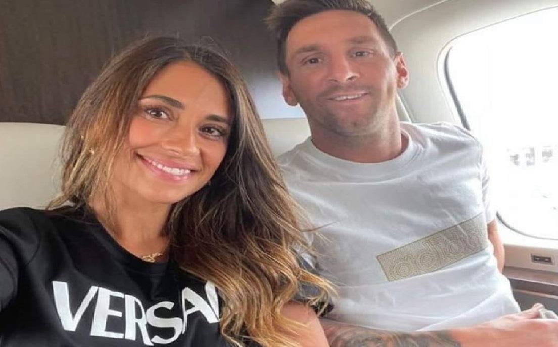 Lionel Messi viajo a París a su fichaje con el París Saint Germain