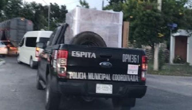De policías municipales a cargadores de mudanza, denuncian en Espita